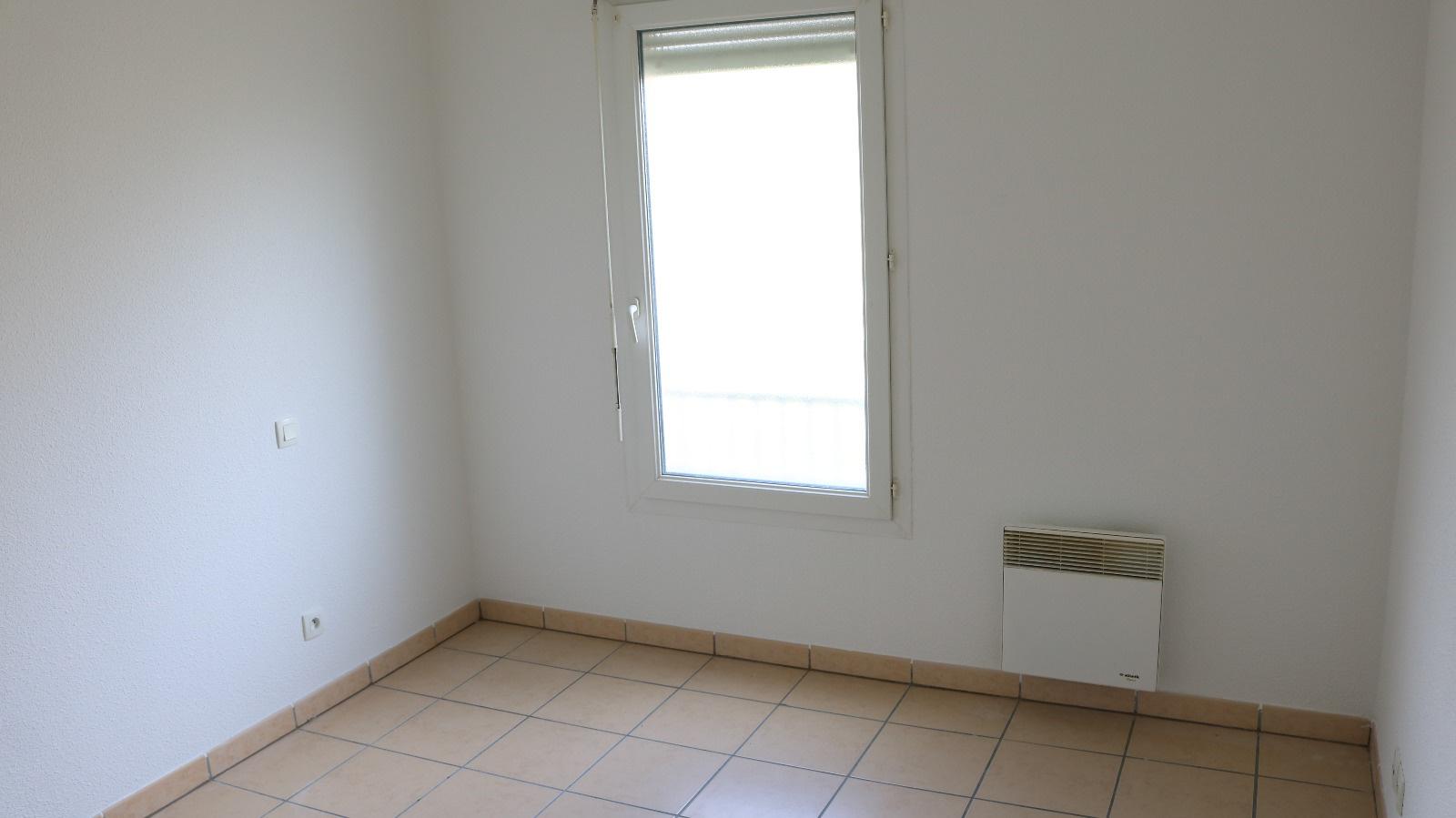 Ventes immo appartement 2 pieces de 41 5 m2 libre for Appartement bordeaux 40m2